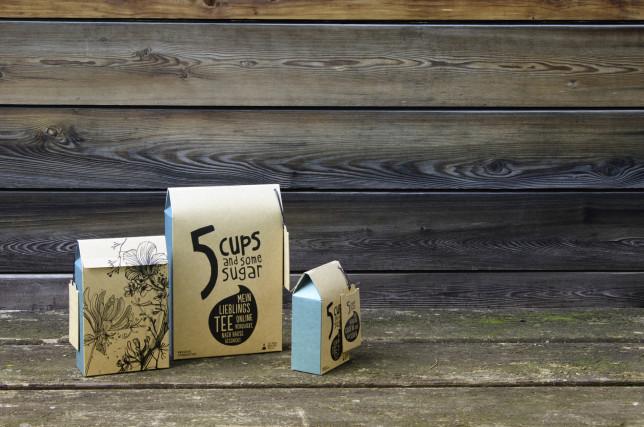 5CUPS Motiv Frühling Packshot wooden wall