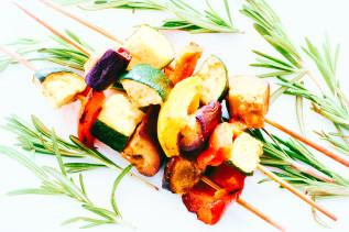 Gemüsespieße aus dem Ofen