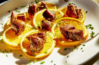 Putenwürfel mit Honig, Orange und Sojasoße