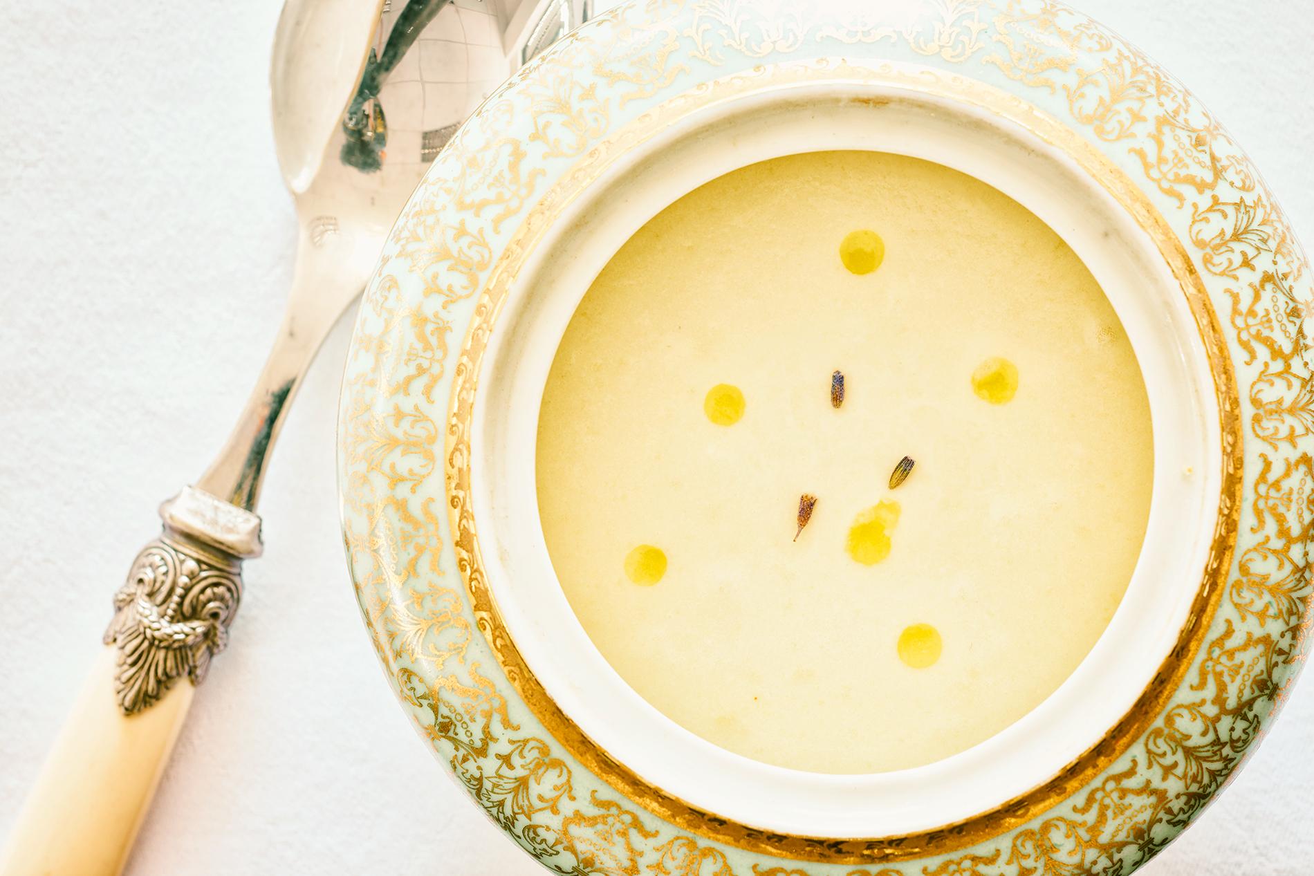 Vichyssoise mit Lavendel und Orangenöl