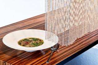 Vietnamesische Rindfleisch-Suppe