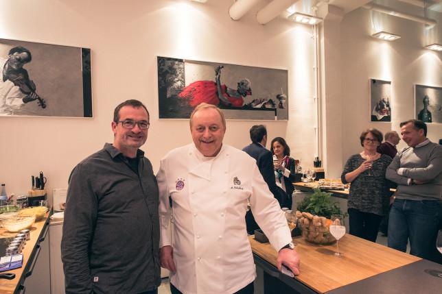 Fotograf Knut Pflaumer und Alfons Schuhbeck in der cookionista Kochschule
