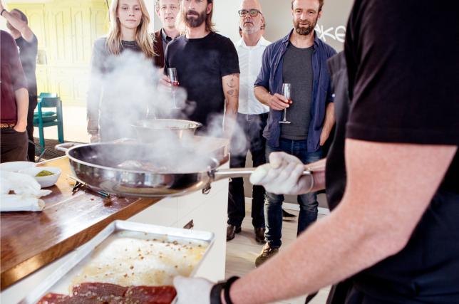 Nils Egtermeyer Zu Tisch mit Küchenparty