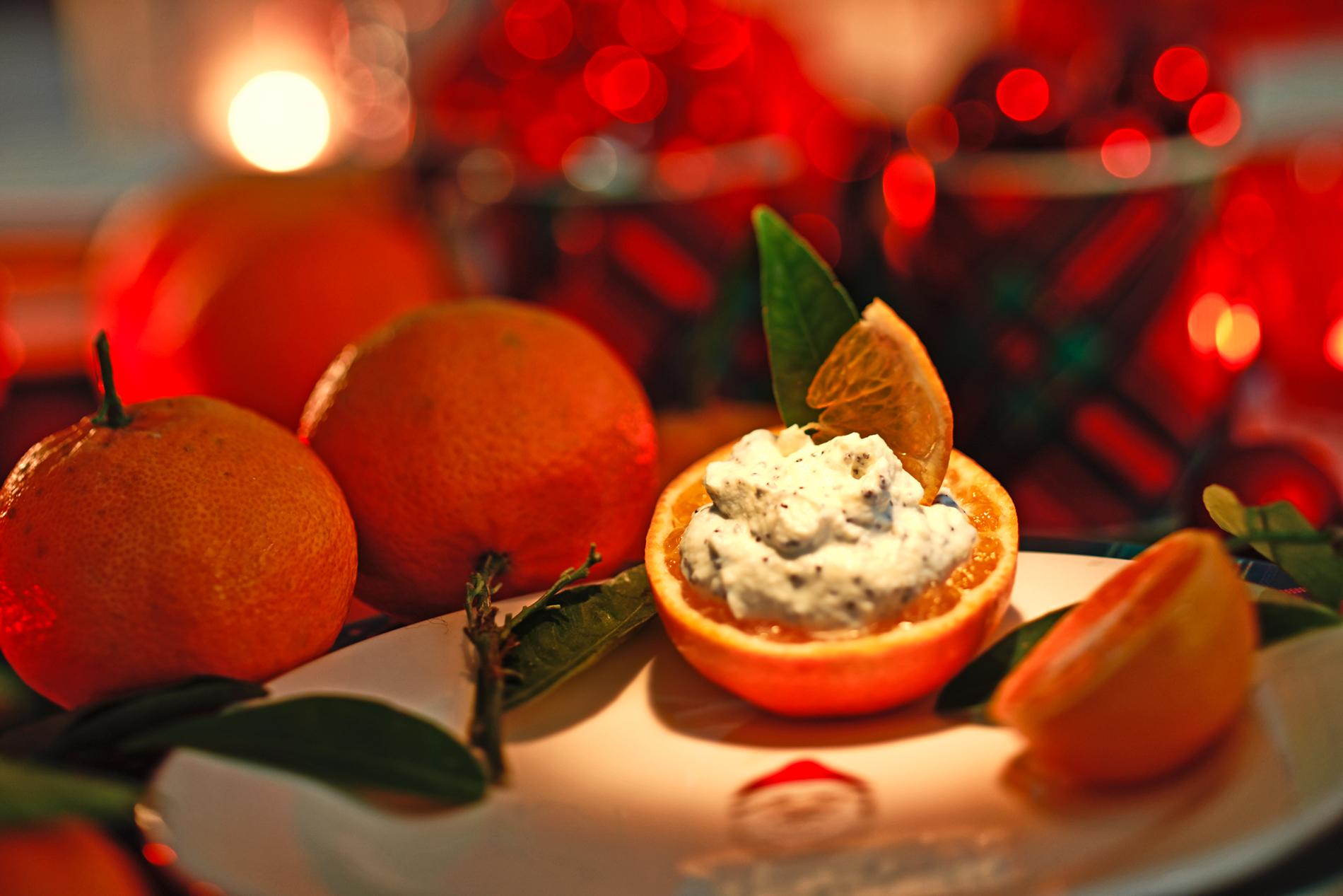 Mohn-Marzipan-Creme mit marinierten Mandarinen